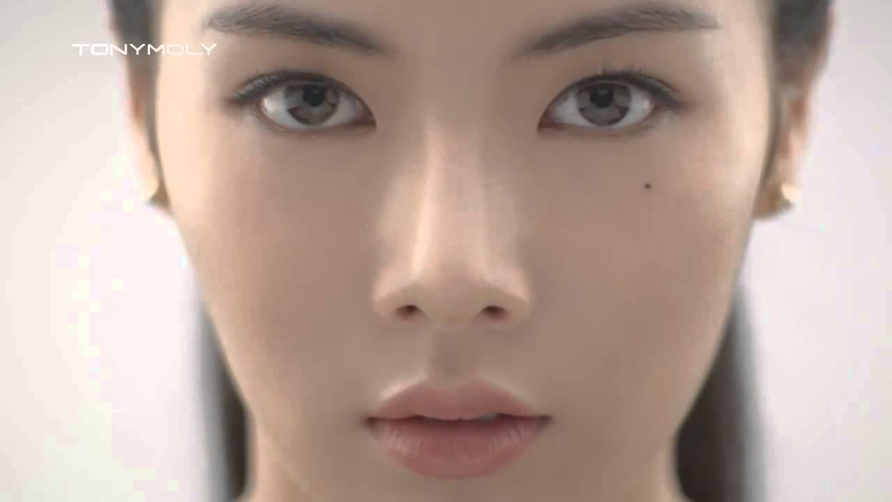 4Minutes Kim HyunA Tony Moly Lotion to give you a Sexy Figure?