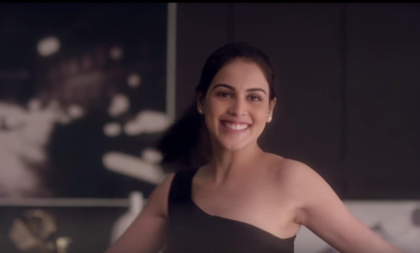 Genelia Deshmukh Smile pretty india