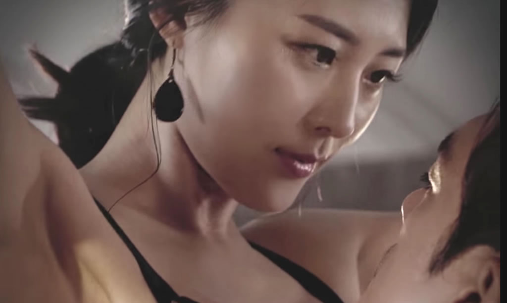 Sexy Korean Brand Campaign for Mens Cosmetic Company – A Bit Too Much?