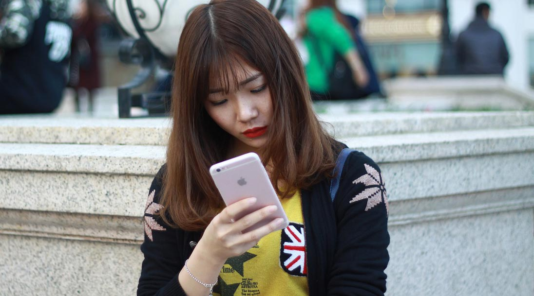 South Korean Shoppers Set Mobile Spending Record With Sales Rising Nearly 30%