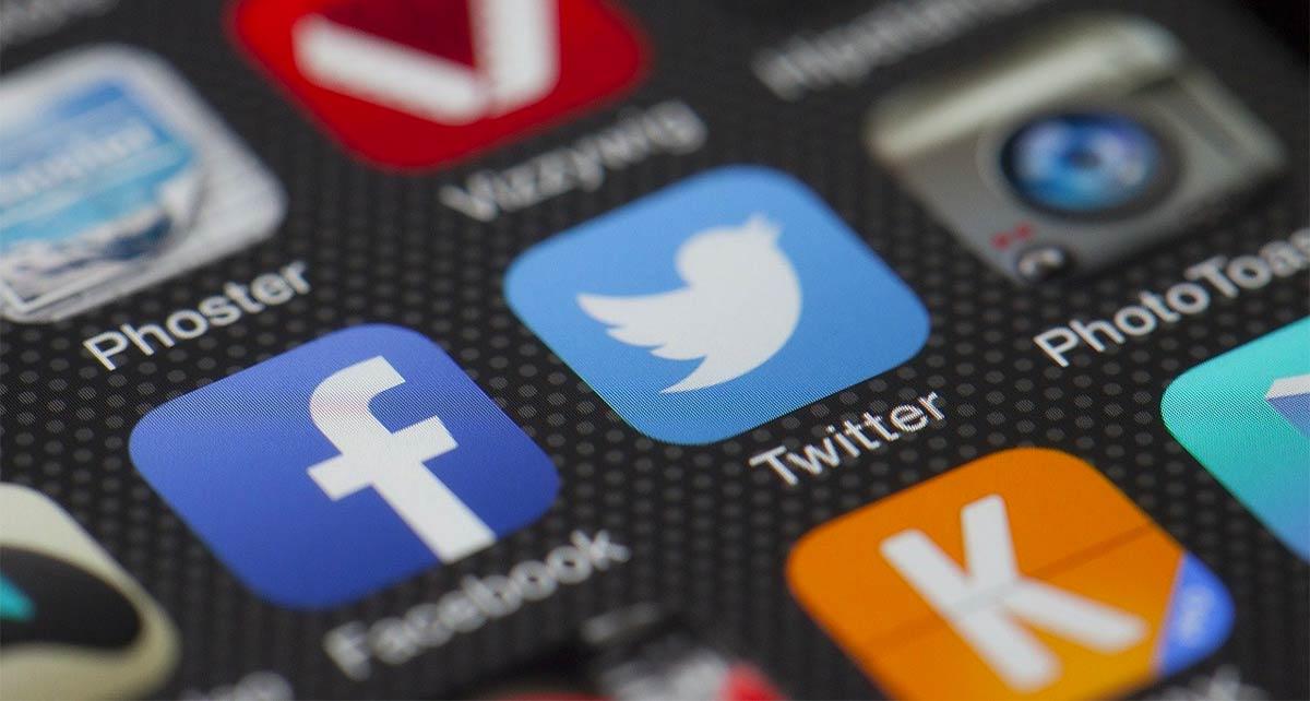 Sri Lanka Blocks Social Media Following Terrorist Attacks