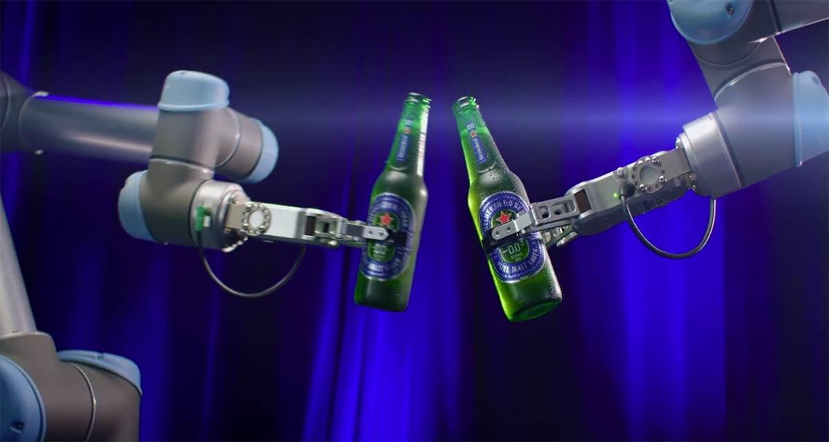 Heineken Launches Robotic Bar in Australia for Zero-Contact Drinking Experience