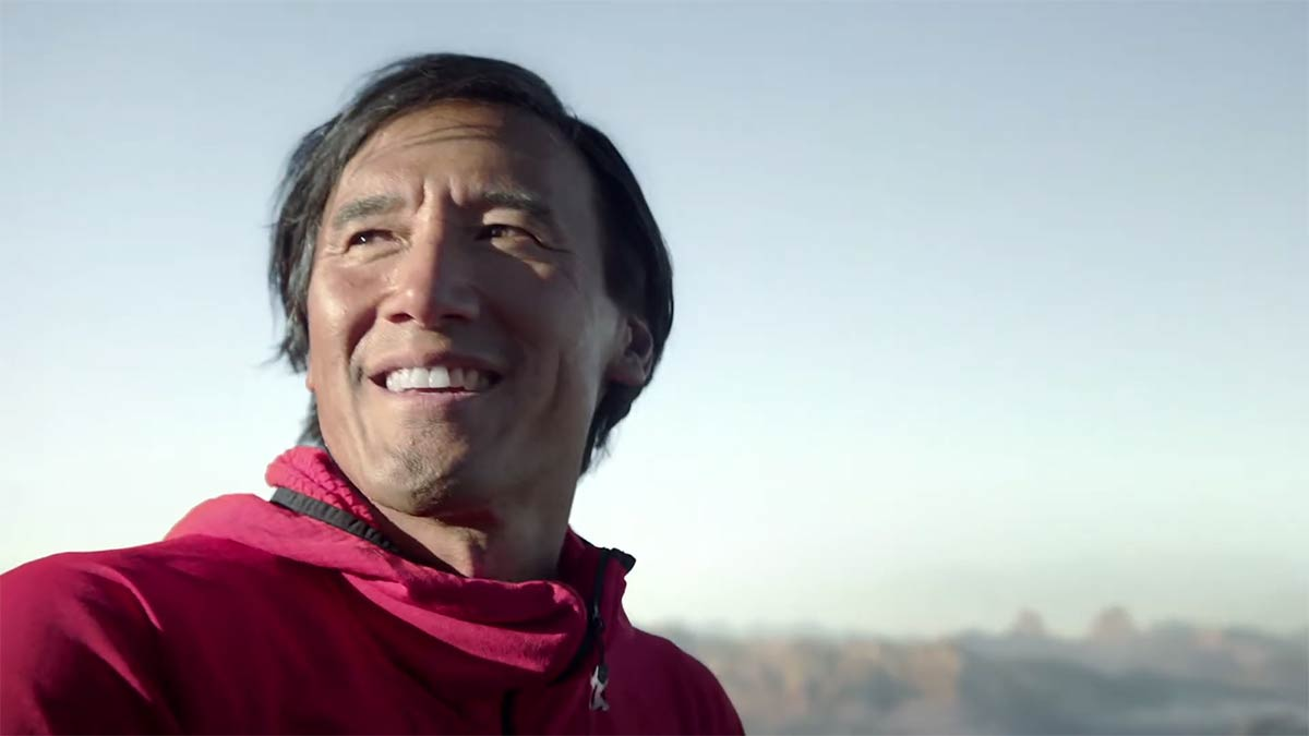 Colgate Total Reaches for the Sky in New Campaign