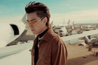 "Music in Asia: ""November Rain"" Kris Wu-China"