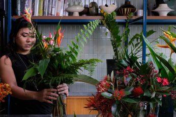Sentosa Celebrates Valentine's Day with Eco-Friendly Bouquets