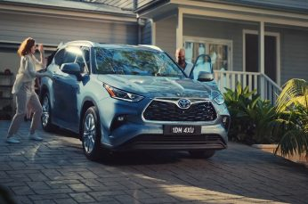 Ditch the Kids in Toyota's New Kluger Hybrid