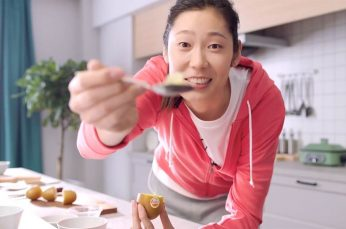 Chinese Volleyball Star Zhu Ting Featured in Campaign for Zespri's SunGold Kiwifruit