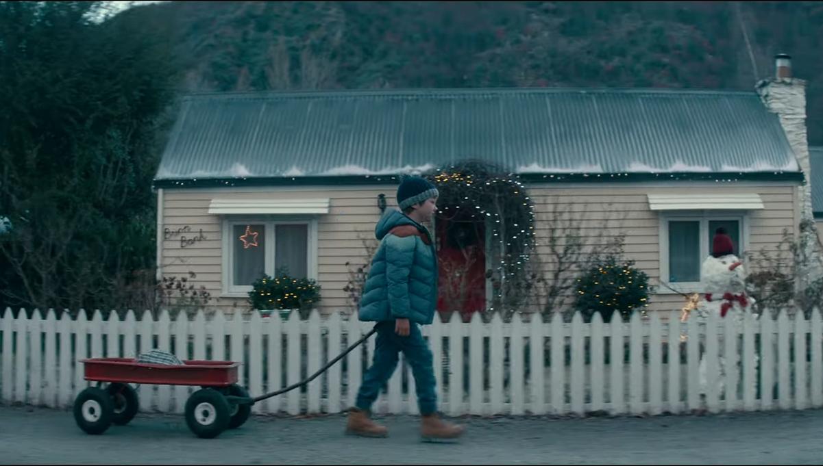 Michael Hill Jeweller Rolls Out Heartwarming New Christmas Spot