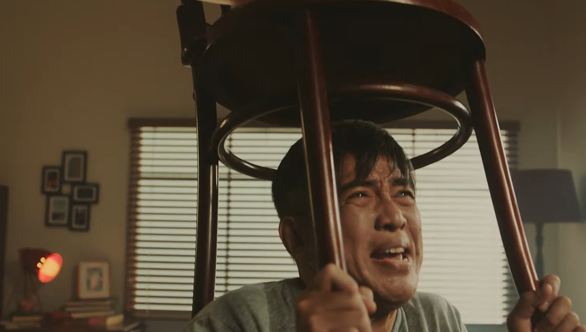Starhub Has the World Sweating for Wifi in Latest Campaign